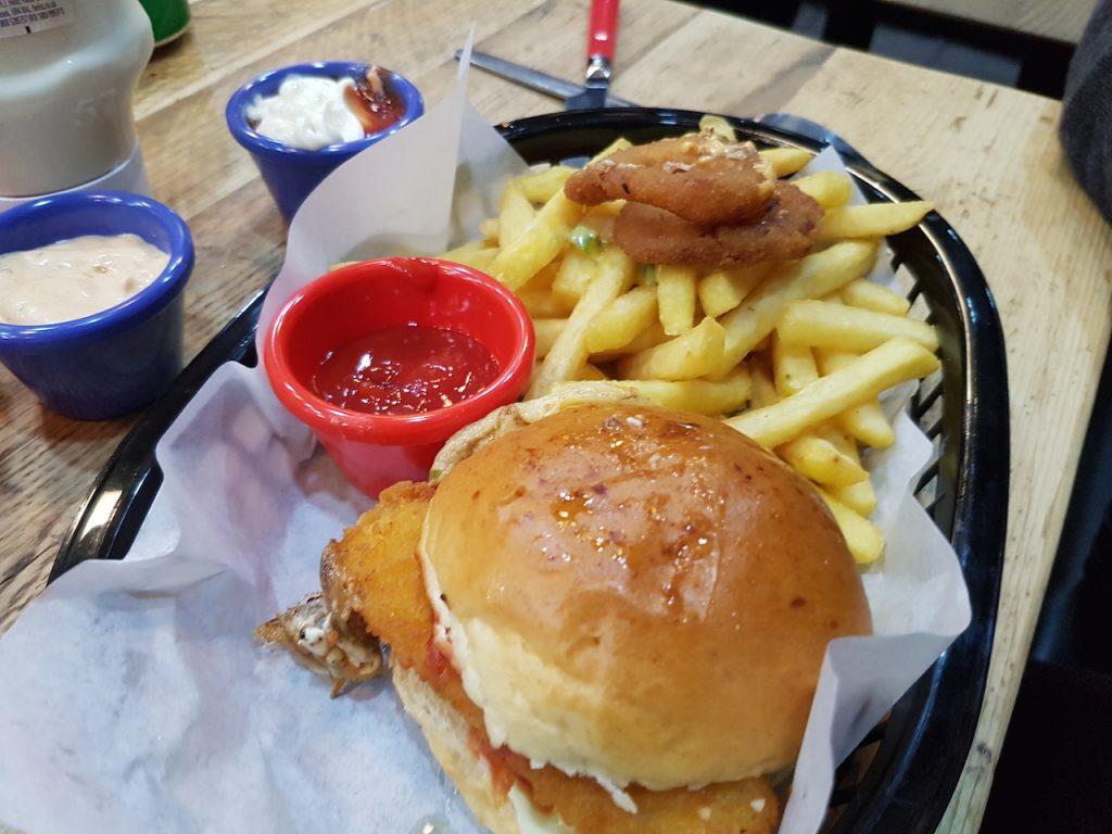 Fish Finger Sandwich Meal